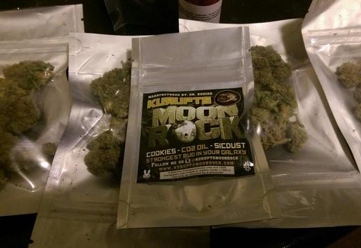 BUY MOON ROCK,WHITE WIDOW,BLUEBERRY,SKUN